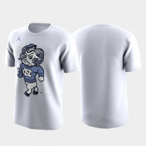 White Family on Court UNC Tar Heels For Men College T-Shirt March Madness Legend Basketball Performance