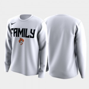 College T-Shirt March Madness Legend Basketball Long Sleeve Men's Family on Court White OK State