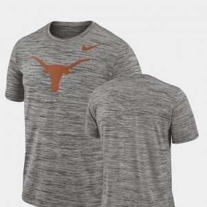 University of Texas College T-Shirt Performance Mens 2018 Player Travel Legend Charcoal